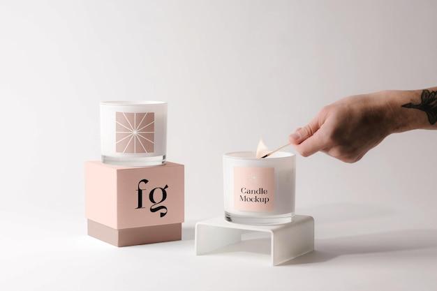 Bougies avec maquette de boîte