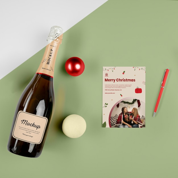 Bouteille de champagne avec maquette