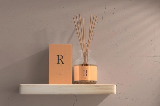 Bouteille en verre de diffuseur de roseaux pour assainisseur d'air d'encens avec maquette de boîte