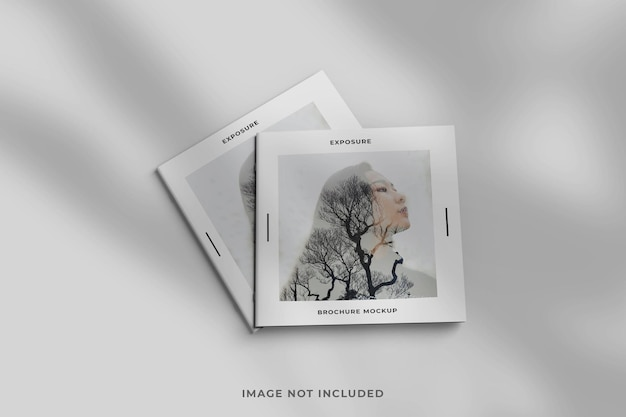 Brochure carrée ou maquette de magazine minimaliste