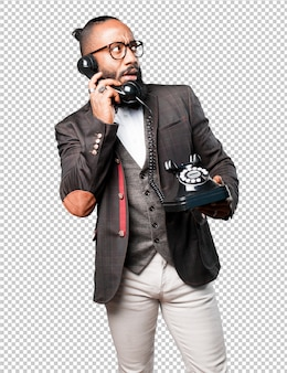 Bussines homme noir parler par téléphone