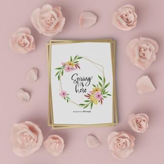 Cadre floral maquette avec carte bonjour printemps