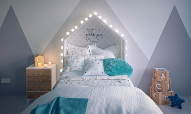 Cadre de lit maquette dans l'intérieur de la chambre des enfants décoré
