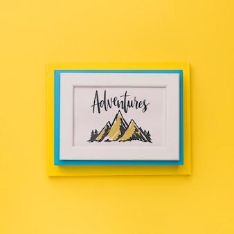Cadre avec mot aventures pour concept de voyage