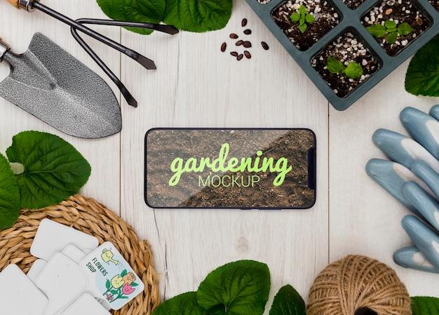 Cadre avec outils pour le jardinage