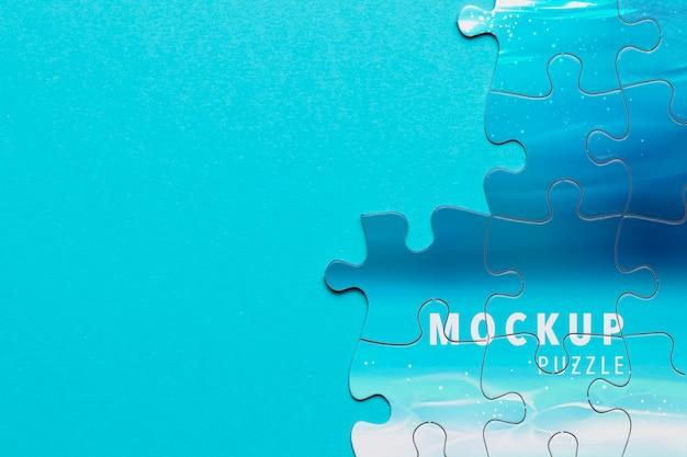 Cadre avec pièces de puzzle et espace de copie