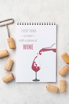 Cahier avec bouchons à vin