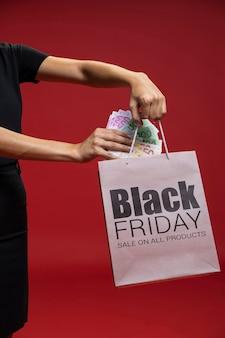 Campagne publicitaire pour le vendredi noir