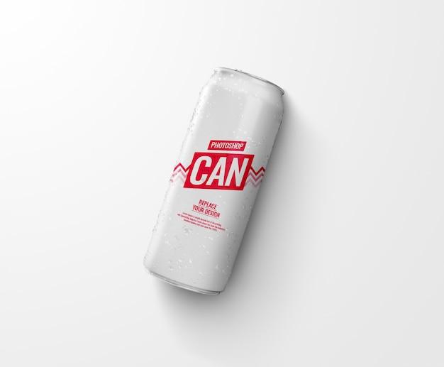 Canette de soda mince sur maquette de plancher réaliste