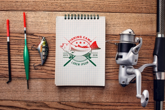 Canne plate et accessoires de pêche