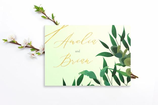 Carte d'invitation avec branches