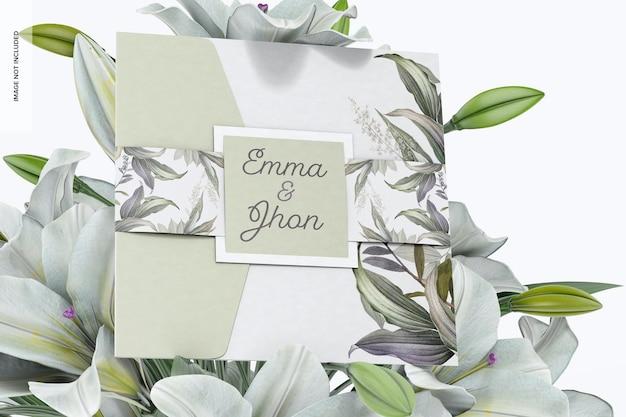 Carte à pli carré avec maquette de poche, avec des fleurs