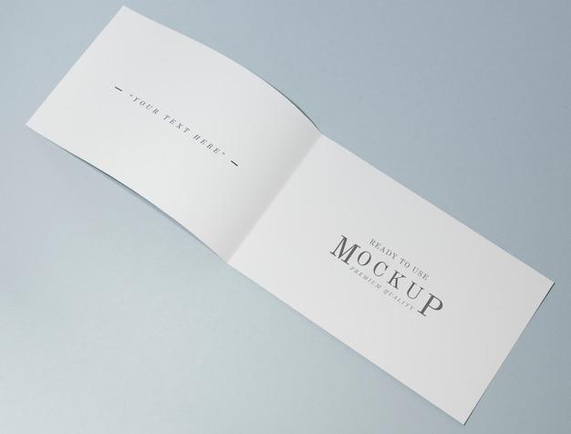 Carte pliable ou maquette de brochure