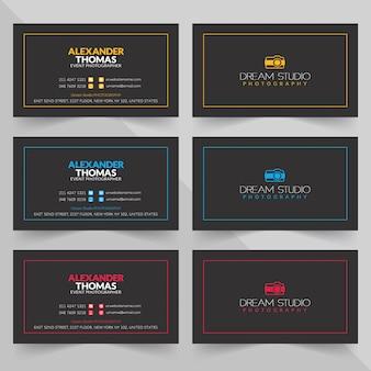 Cartes de visite de différentes couleurs