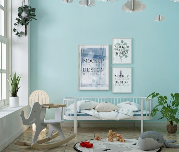 Chambre d'enfant bleue avec cadre d'affiche de maquette