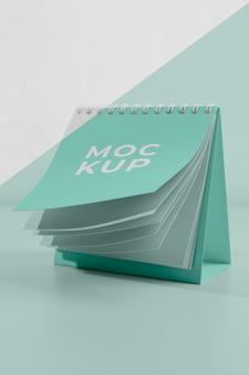 Composition de calendrier maquette minimaliste