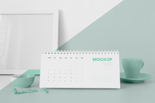 Composition de maquette de calendrier minimale