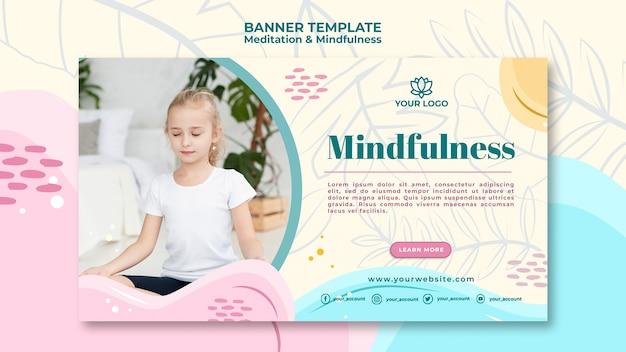 Concept de bannière de méditation et de pleine conscience