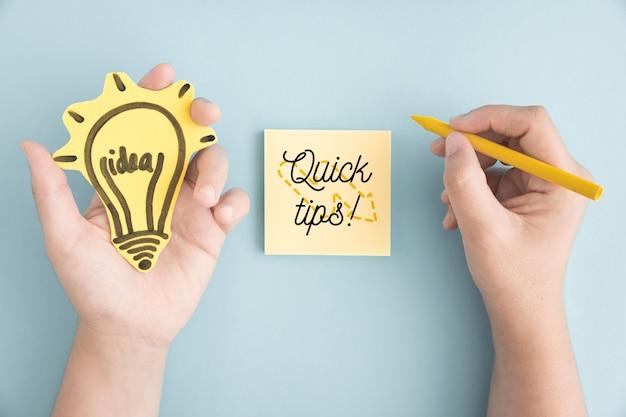 Concept de conseils avec des notes autocollantes