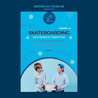 Concept de modèle d'affiche skateur