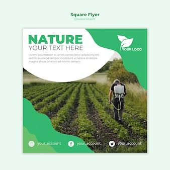 Concept de modèle de flyer carré écologique