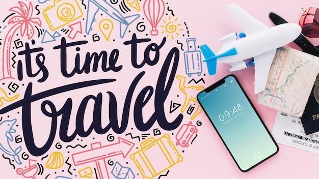 Concept de voyage avec smartphone