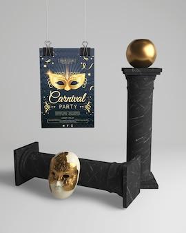 Conception élégante de mascarade noire et dorée