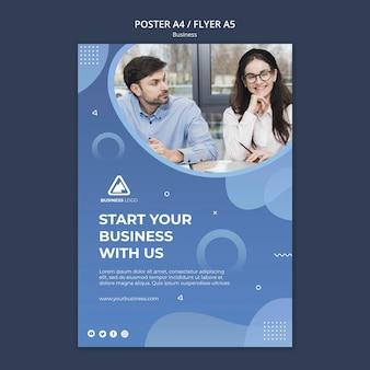 Conception de flyer de concept d'entreprise