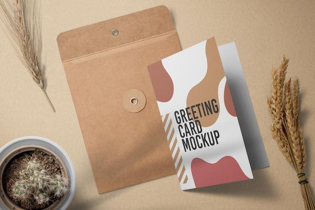 Conception de maquette de carte de voeux et d'enveloppe