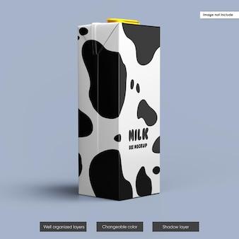 Conception de maquette d'emballage de boîte de lait isolée