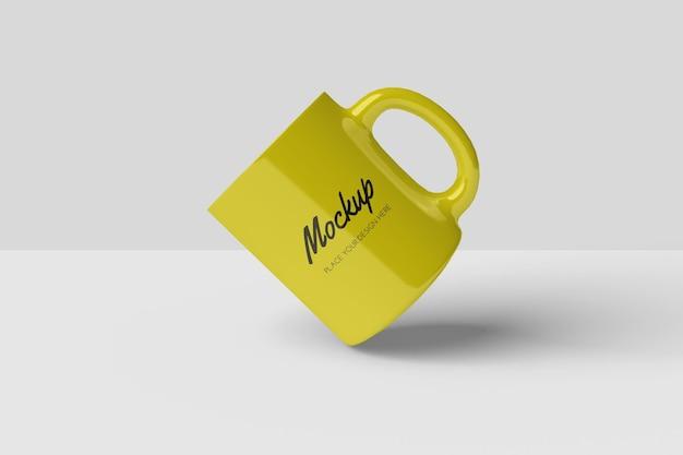 Conception de maquette de tasse réaliste isolée