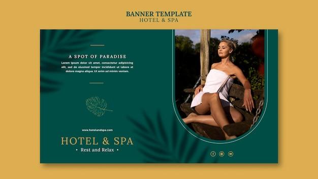 Conception de modèle de bannière de location de vacances de luxe