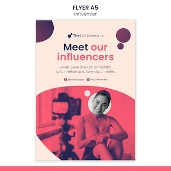 Conception de modèles de flyers pour les influenceurs