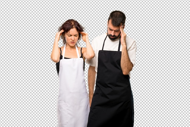 Couple de cuisiniers mécontents de quelque chose. expression faciale négative