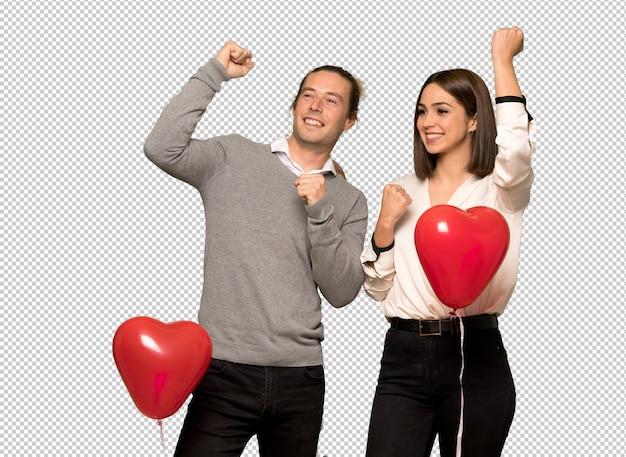 Couple à la saint valentin célébrant une victoire