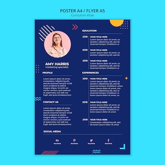 Curriculum vitae de papeterie d'un nouvel employé au design bleu