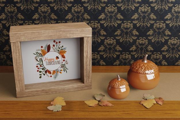 Décorations sur la maquette du jour de thanksgiving