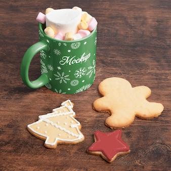 Délicieuse boisson et biscuits à angle élevé