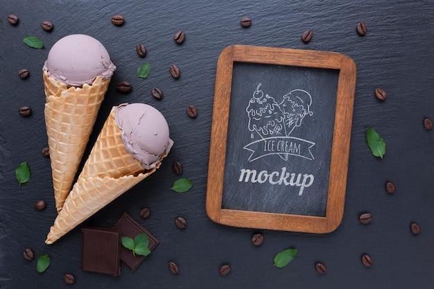 Délicieuse maquette de concept de crème glacée