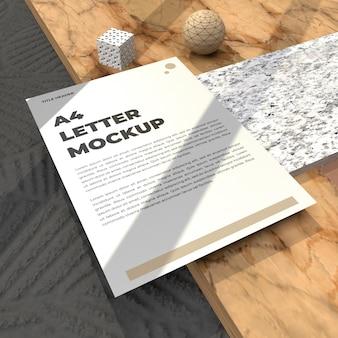 Dépliant de maquette de lettre réaliste pour affiche de cv et maquette de publicité