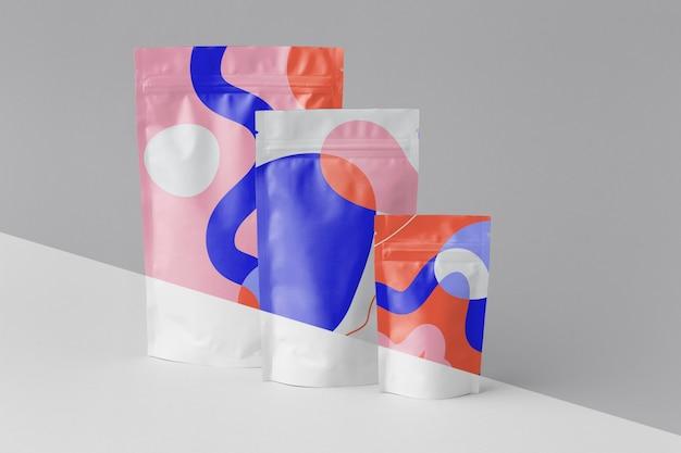 Disposition d'un doypack de maquettes colorées