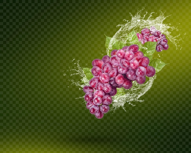 Éclaboussure d'eau sur le raisin rouge frais avec des feuilles isolées sur fond vert. psd premium