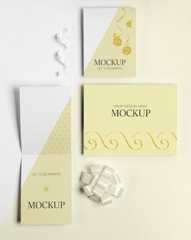 Enveloppe avec carte d'invitation