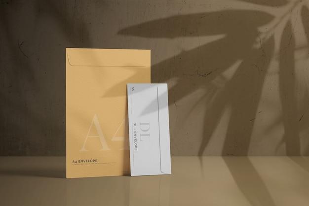 Enveloppe dl avec maquette de grande enveloppe