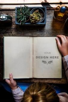 Espace de conception sur des papiers vierges