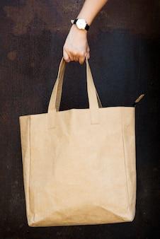 Espace de conception sur le sac fourre-tout blanc