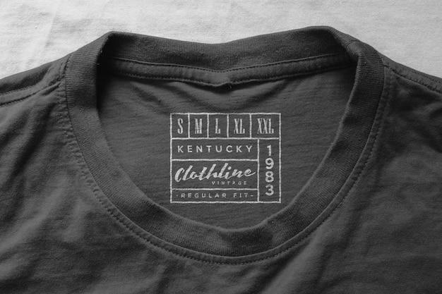 Étiquette du col du t-shirt de la maquette du logo