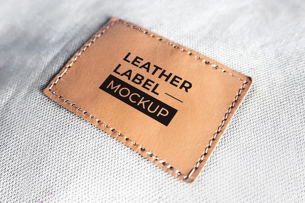 Étiquette maquette cuir vieux marron noir réaliste