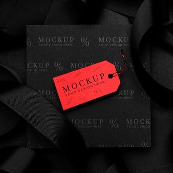 Étiquette de maquette rouge vendredi noir
