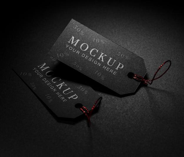 Étiquettes de maquette de vendredi noir à la lumière